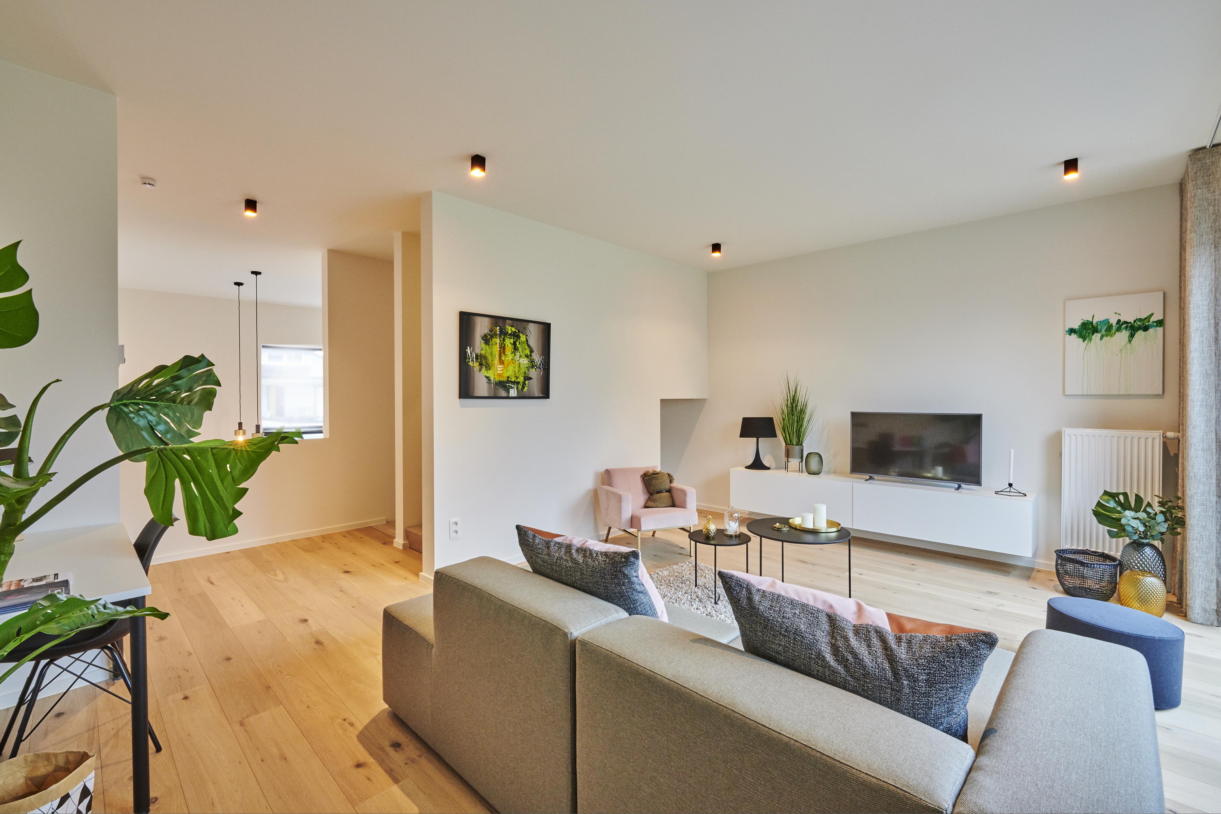 Evolution-interieurwinkel-hasselt-totaalinrichtingen-modelappartement-oHase-PW15-woonkamer-tv-meubel