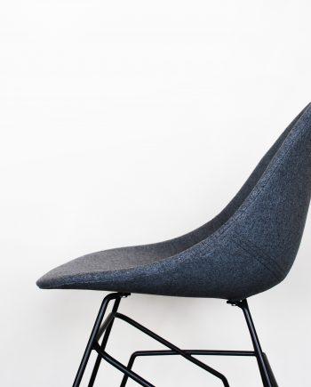 Project Evolution Design Meubelen Stoel Krukken Grijs wit zwart moderne meubelen design