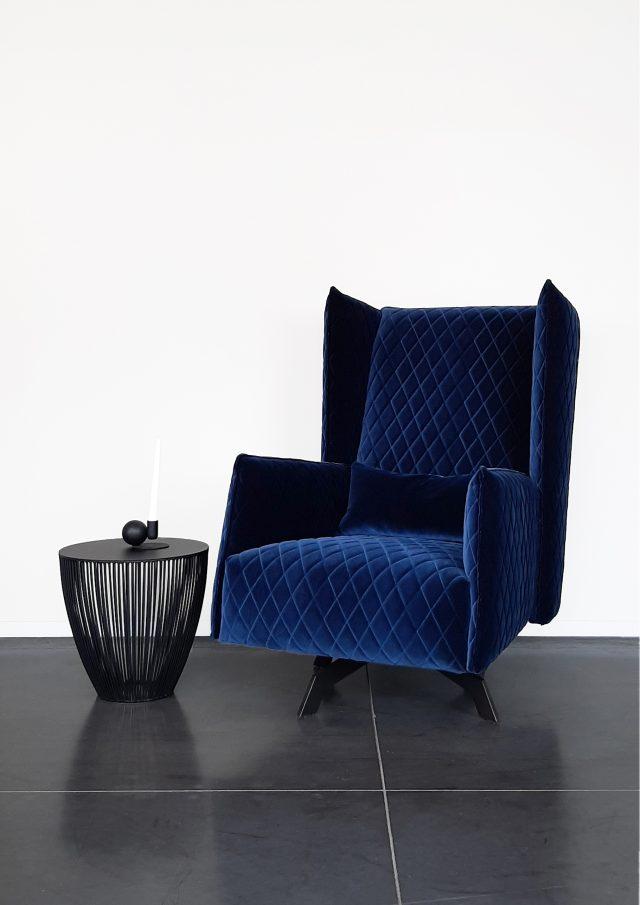 Evolution-hasselt-interieurwinkel-vintage-meubelen-fauteuils-velvet-fauteuil-vintage-outlet