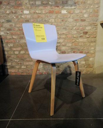 Lila stoel butterfly Evolution Toonzaalmodel solden design meubelen