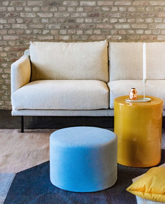 Design-Meubels-Hasselt-Evolution-Loan-sofa-poef-koffietafel