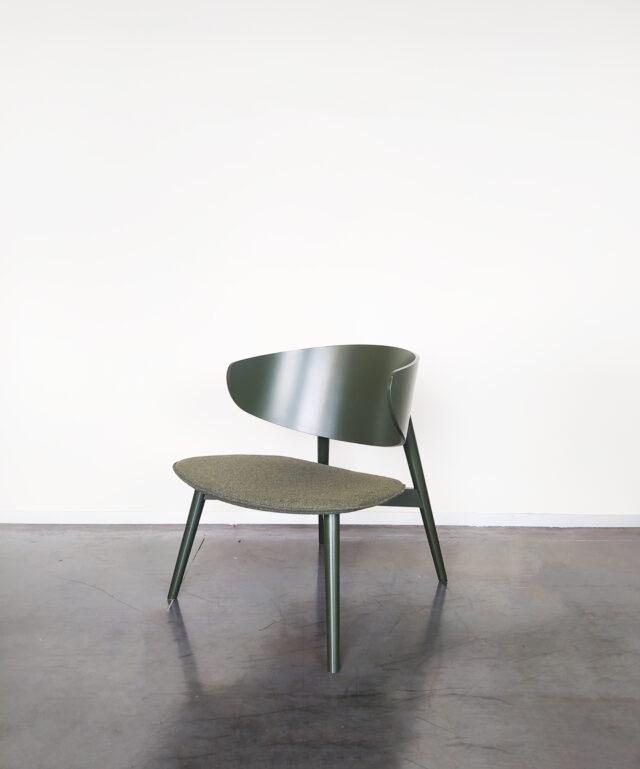 Evolution-hasselt-interieurwinkel-meubels-design-stoelen-fauteuil-isola-groen