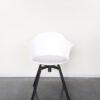 Evolution-hasselt-interieurwinkel-meubelen-design-stoelen-ohio-kuip-chair-vooraanzicht