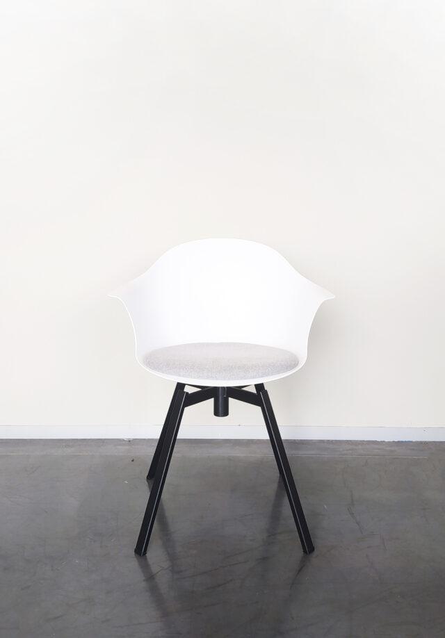 Ohio stoel Jane fauteuil leder Evolution Design meubelen solden stoelen